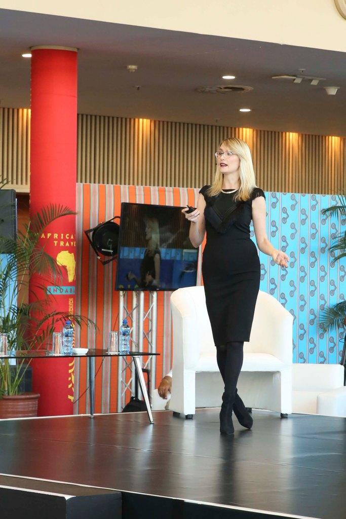 keynote speaker trend analyst blockchain effect